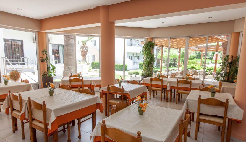Restaurant daytime